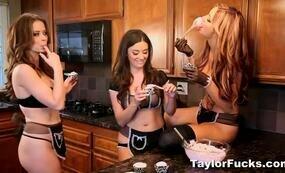 Threesome Lesbians baking