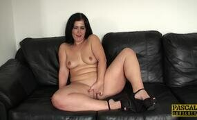 Small tits curvy MILF fucks herself on couch