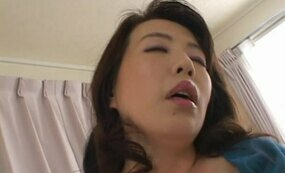 Housewife gets fingered while cleaning a house
