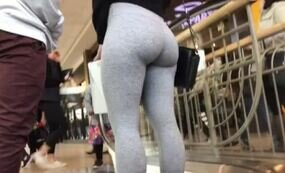 Thicc leggings ass