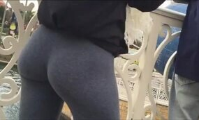 Thicc young ass