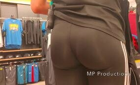 Nike leggings girl public
