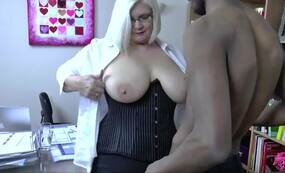 LACEYSTARR - Dr. Lacey Meets a Shy One